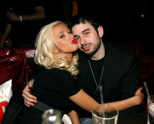 LAS VEGAS - APRIL 08: Music excecutive Jordan Bratman (right) and singer Christina Aguilera at the MAXIM Magazine 100th Issue Celebration at the Wynn Resort on April 8, 2006 in Las Vegas, Nevada. (Photo by Michael Buckner/Getty Images)